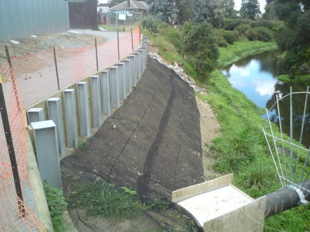 Retain_Wall_Otara_Creek_5_1.jpg